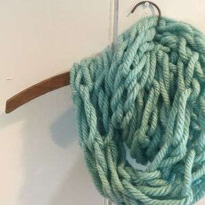 Accessories - Teal knit infinity scarf